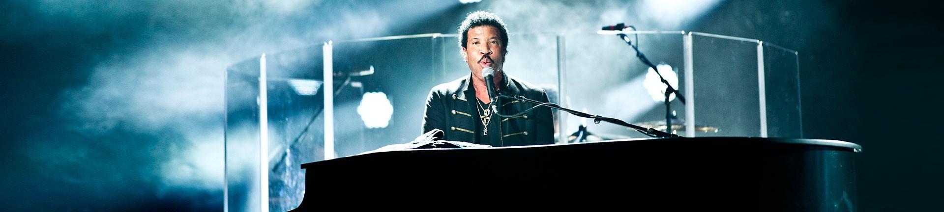 Lionel-Richie-Banner